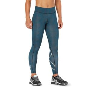 2xu compression tights size SMALL